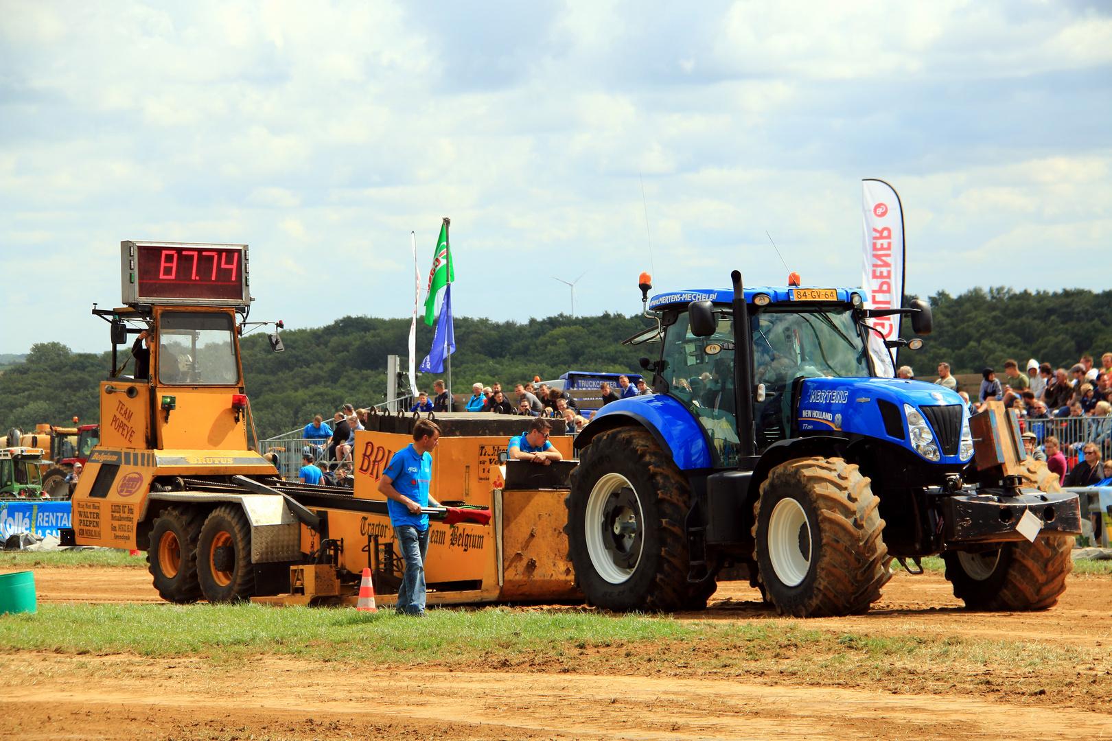 Traktor mit...