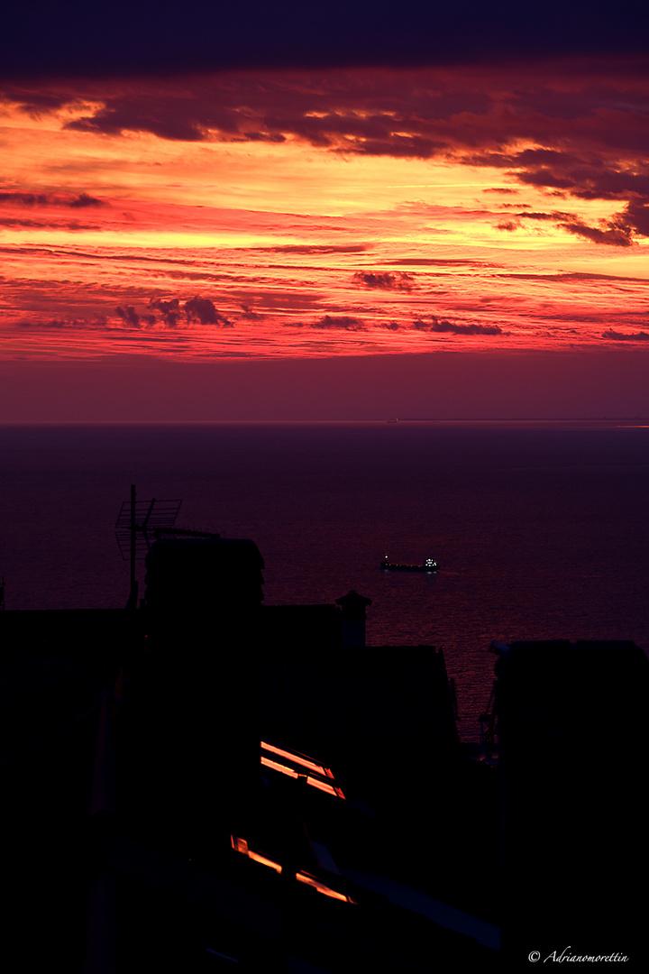 tramonto 05.10.19 con riflesso abbaini