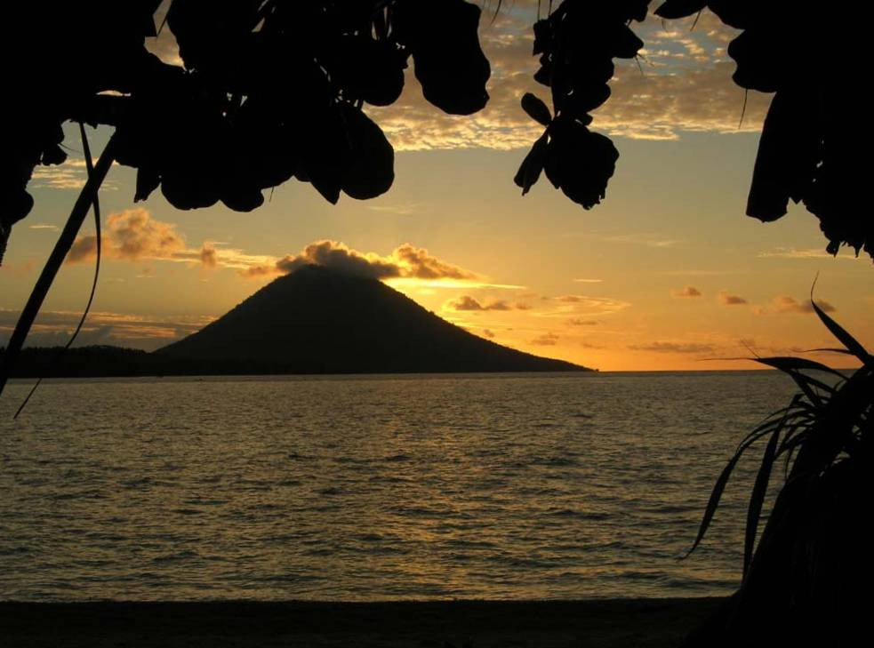 Tramonto a Siladen (Indonesia)