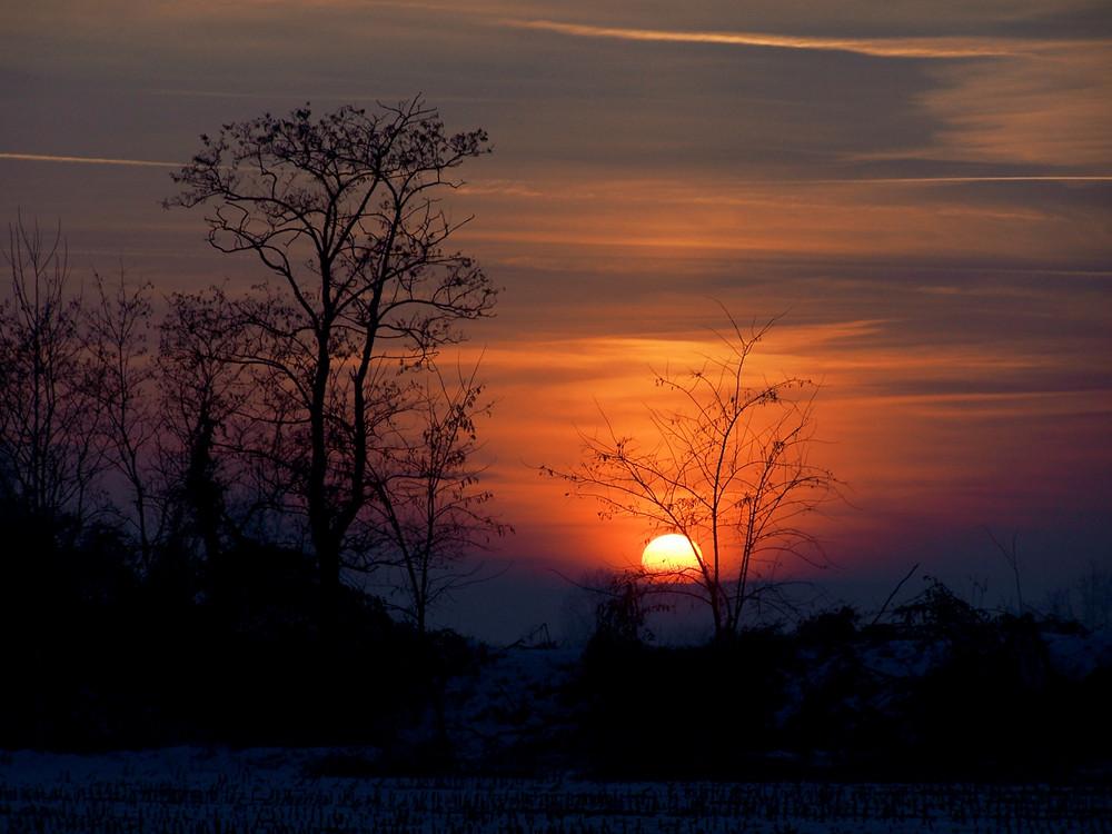 ...tramonto con la prima neve...