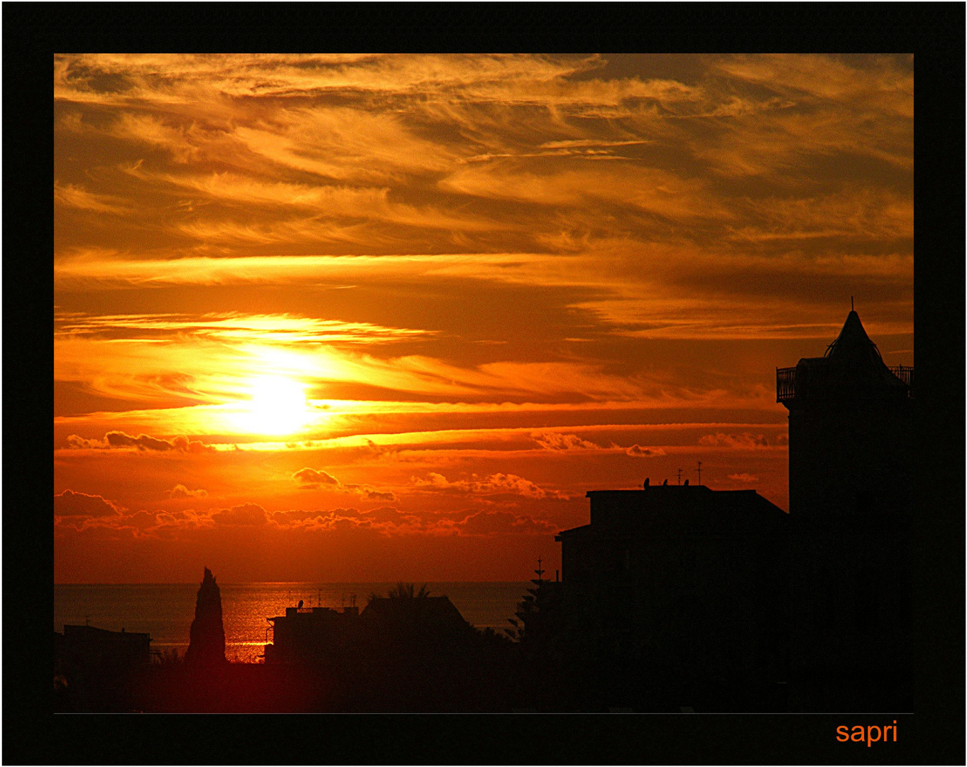 tramonto in controluce