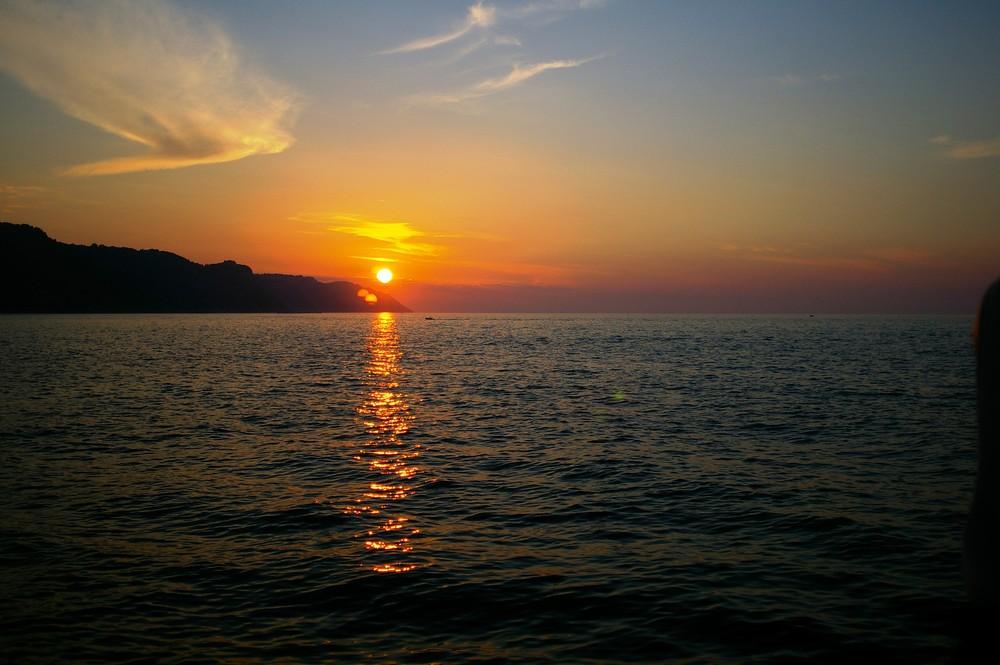 tramonto   sul   porto di pesaro