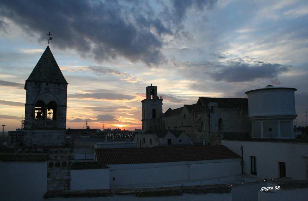 tramonto sulla città
