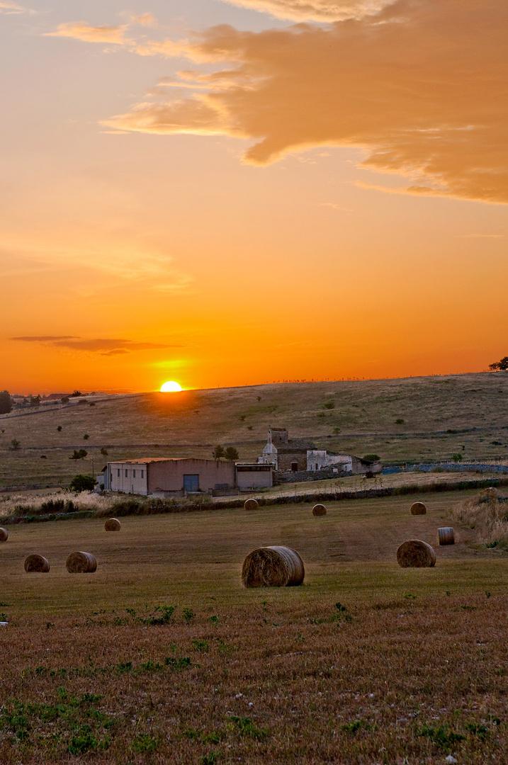 tramonto sulla murgia altamurana