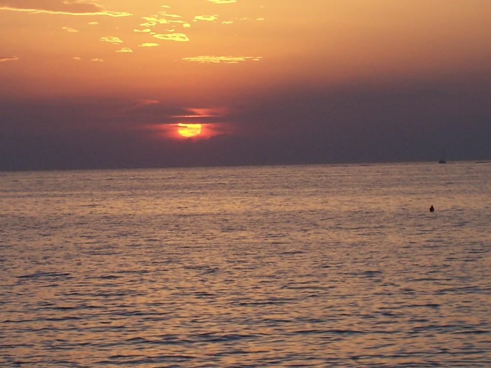 tramonto sulla spiaggia di gallipoli
