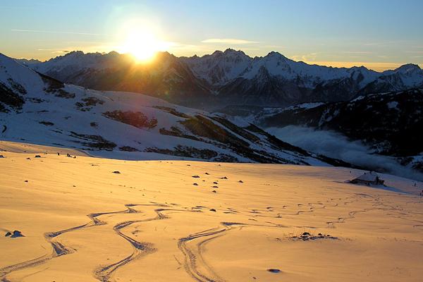 Tramonto sulle nevi alta Savoia