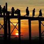 Tramonto sull'U Bein Bridge, Amarapura