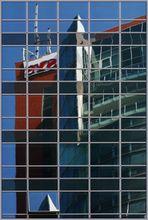 Transdanubische Fassadenspiegelung #7