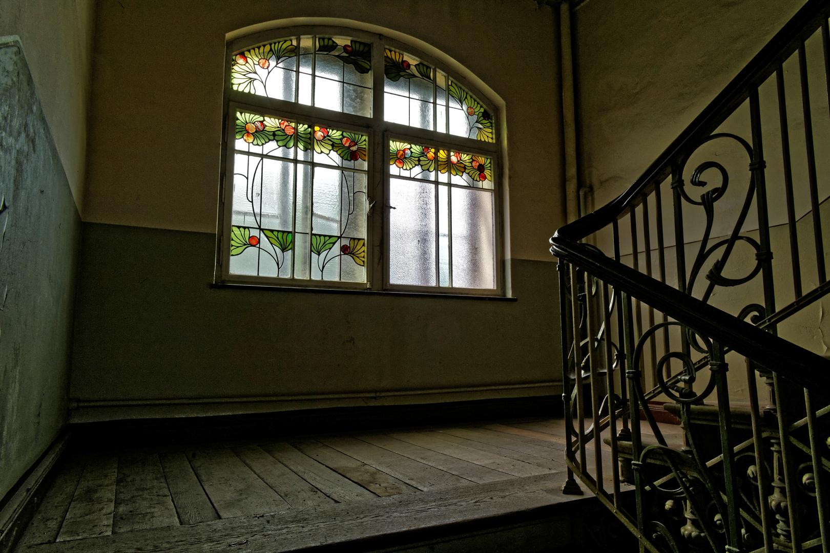 Traumhaft Schone Fenster Im Treppenhaus Foto Bild Architektur