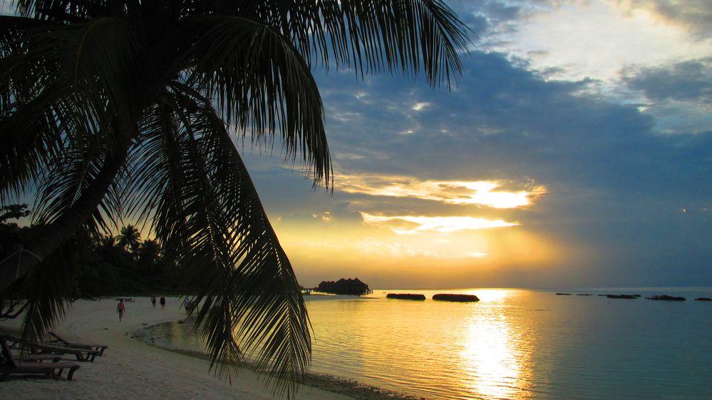 Traumstrand auf Kuredu Island, Malediven