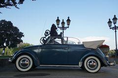 Traumwagen VW-Käfer Cabrio erste Generation, Brezelfenster wenn geschlosssen