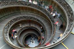 Treppe in den Vatikanischen Museen