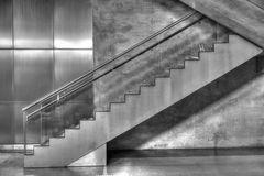 Treppe in der U-Bahn Köln Heumarkt
