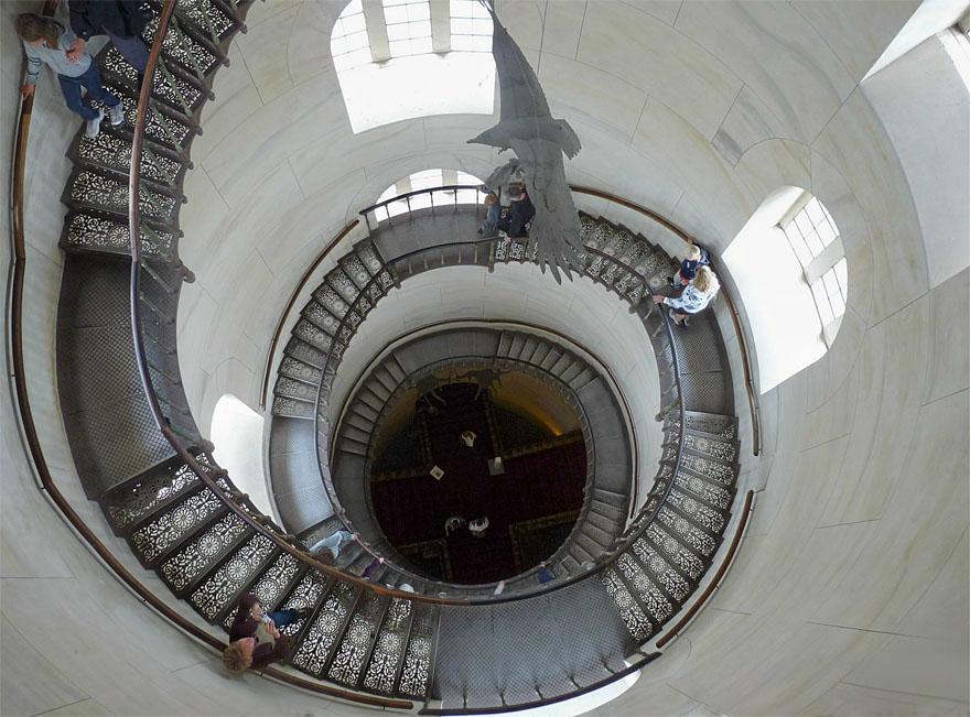 Treppe zum Aussichtsturm