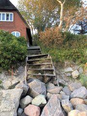 Treppe zum Strandhaus