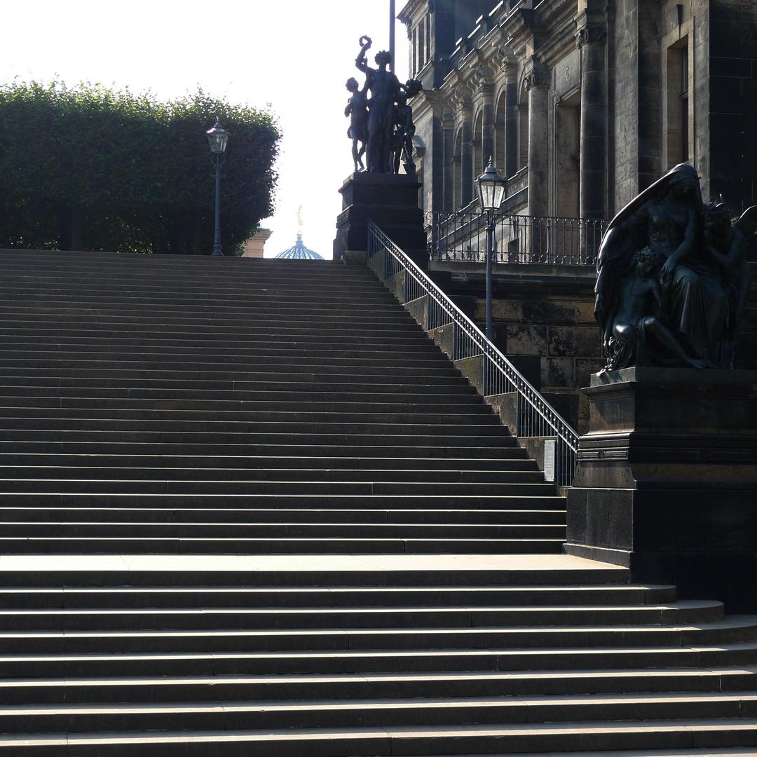 Treppe zur Brühlschen Terrasse | Dresden