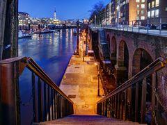 Treppen zum Binnenhafen