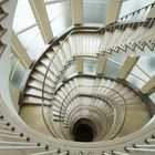 Treppenabgang in Pastelltönen
