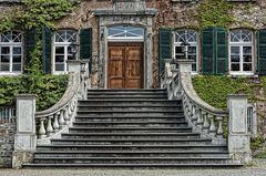 Treppenaufgang zum Schloß Linnep, Ratingen