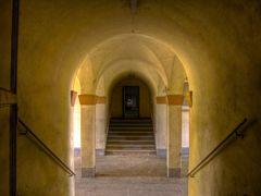 Treppenbereich einer ehem. Kaserne