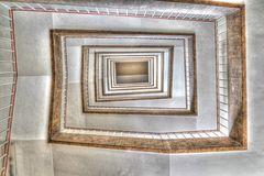 * Treppenhaus von unten **