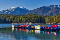 Tretboot-Armada am Eibsee