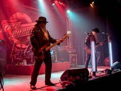 TREZ HOMBREZ-The Official ZZ TOP Tribute Band