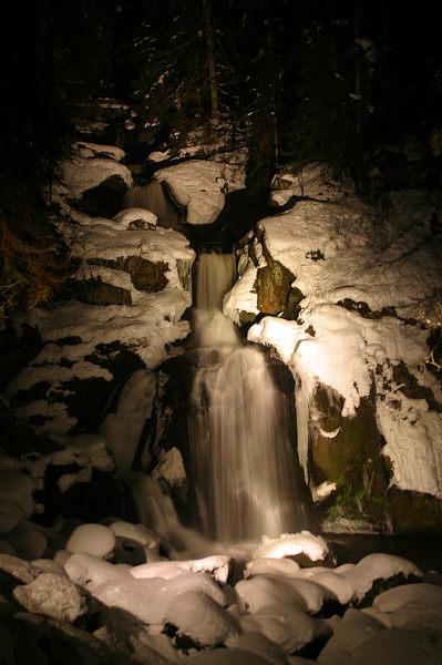 Triberger Wasserfall bei Nacht
