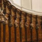 Trier - Sitzbank im Dom