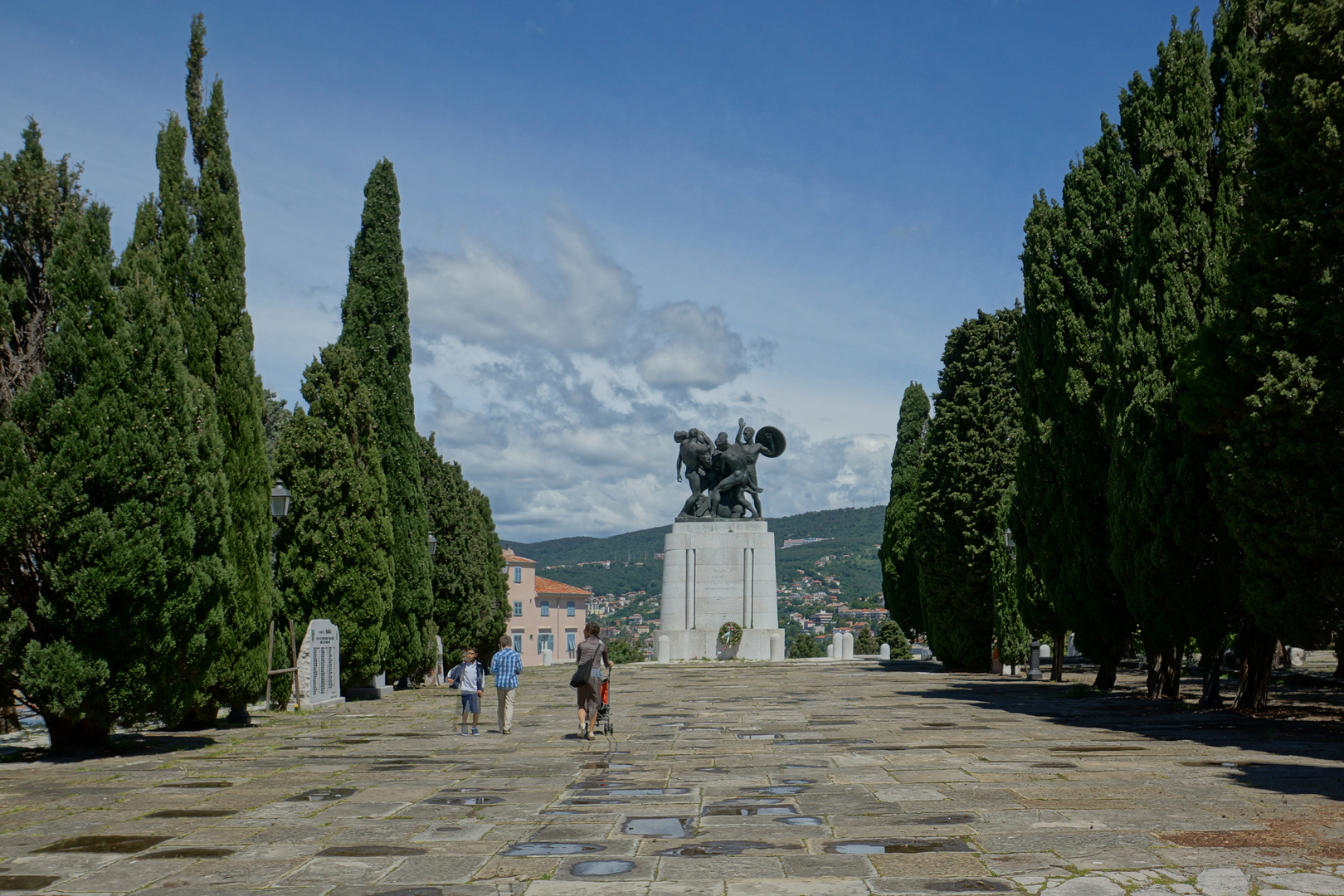 Triest-Denkmal