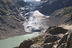 Triftsee mit Gletscher