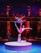 """""""Trio Bellisimo"""" Menschliche Skulpturen. Programm Circus Roncalli 2008"""