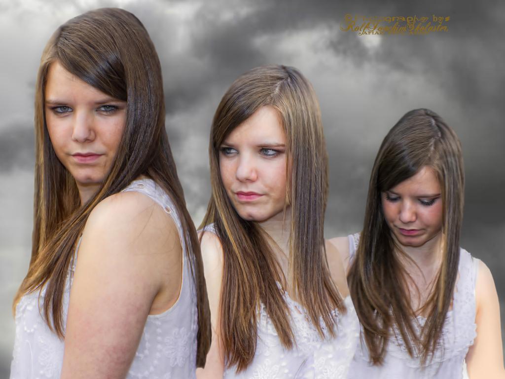 '' Trio - Carlyne ''