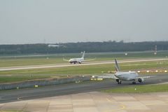 triple airplane aktion in Düsseldorf