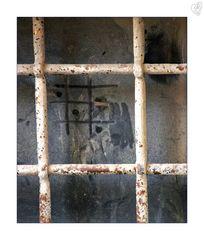 Tris prisoner