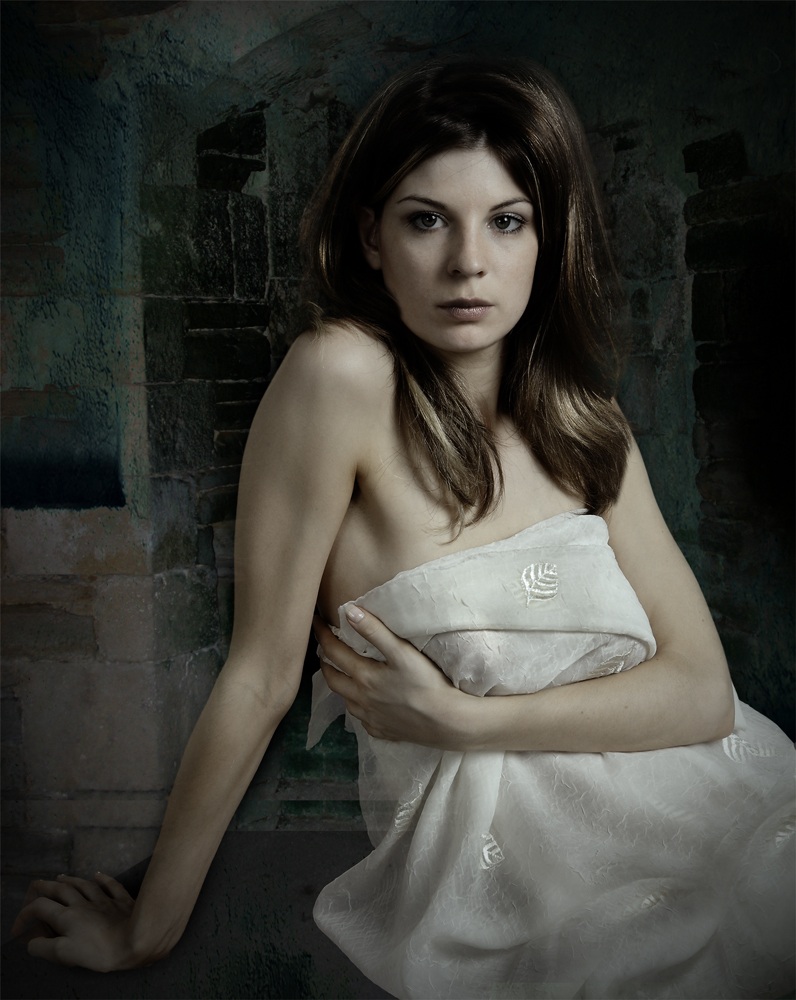 Triste, Marie-Julie, ein Akt Portrait . Foto & Bild