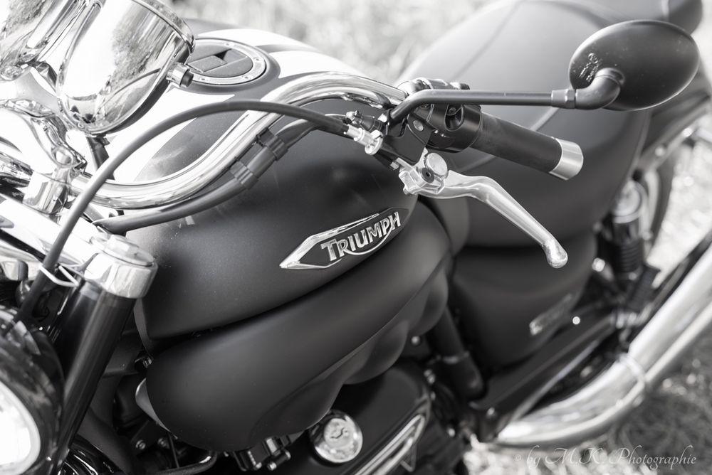Triumph Rocket III - 2