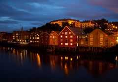 Trondheim - Pfahlbauten @ night