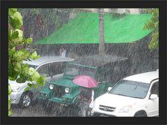 Tropenregen in Yangon