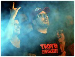 Troye Begleiter -5-