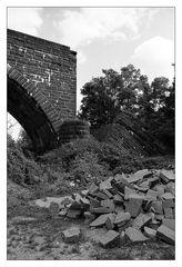 Trümmerhaufen - Hindenburgbrücke