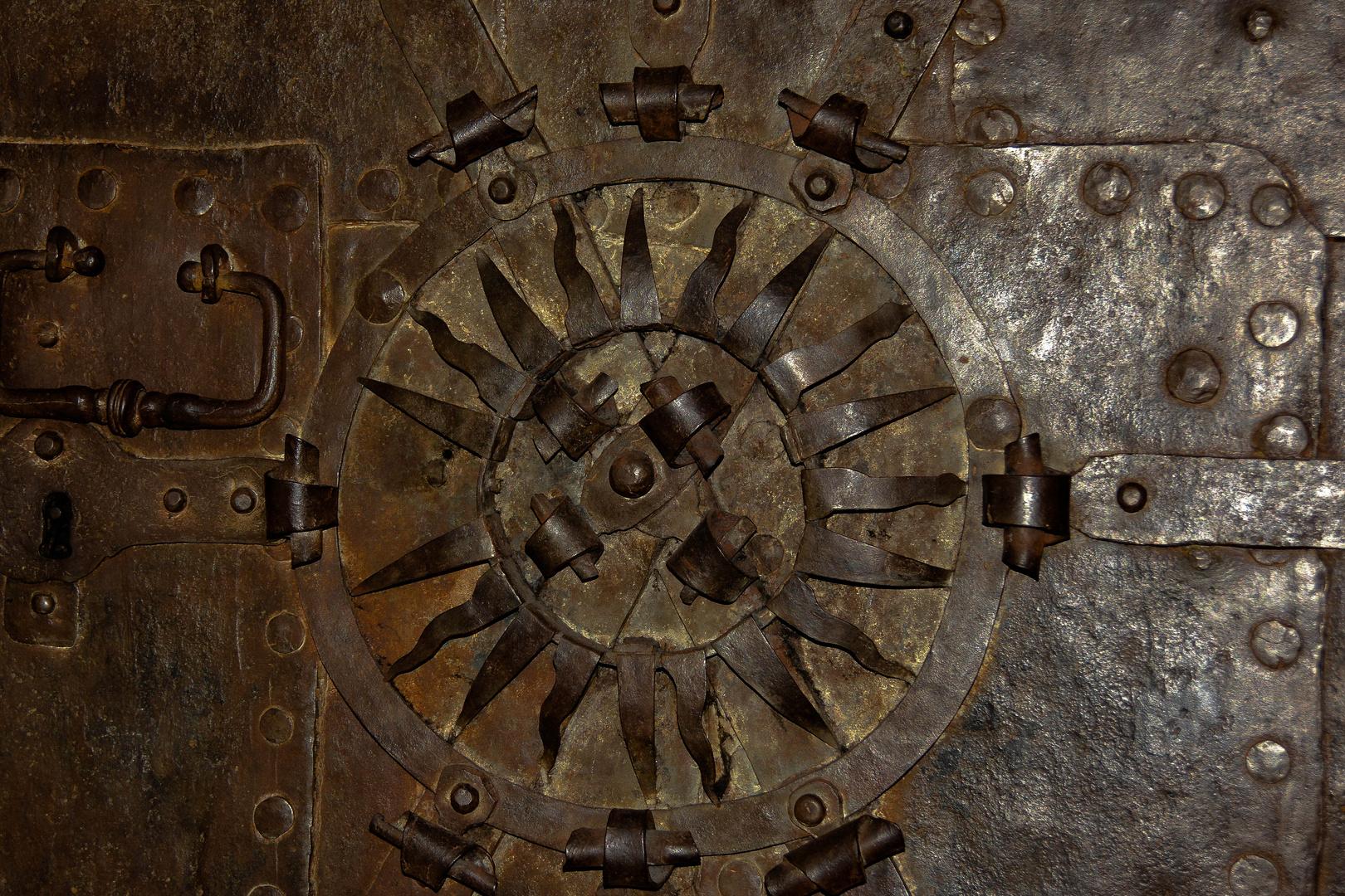 Tür in einer Kirche