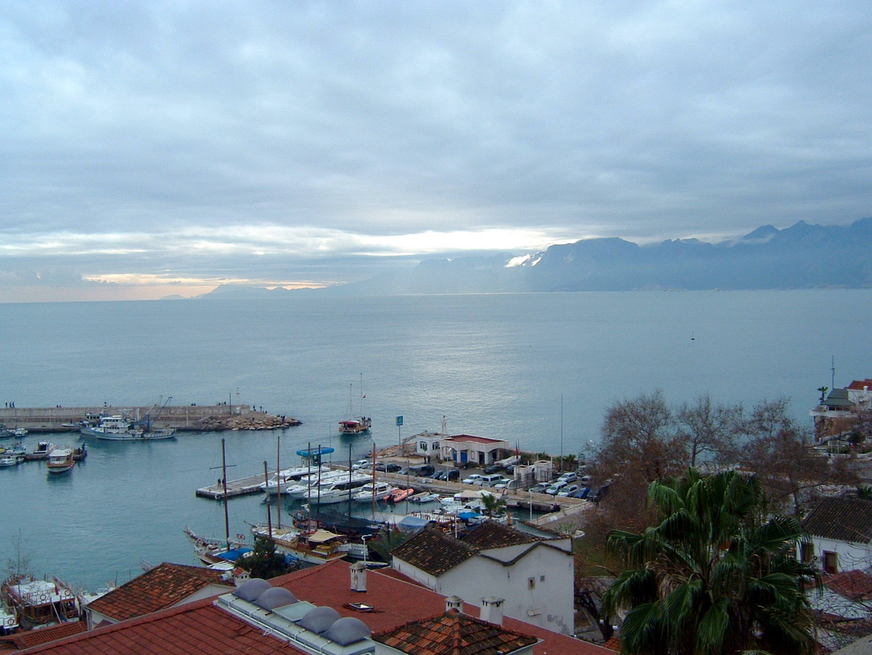 Türkei Antalya Hafen Januar 2010