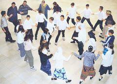 Türkischer Tanz in der Schule(1a)