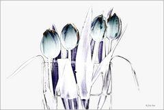 Tulip deco in white