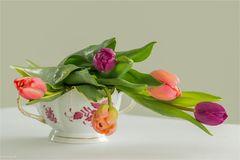 Tulpen in Herend-Porzellan