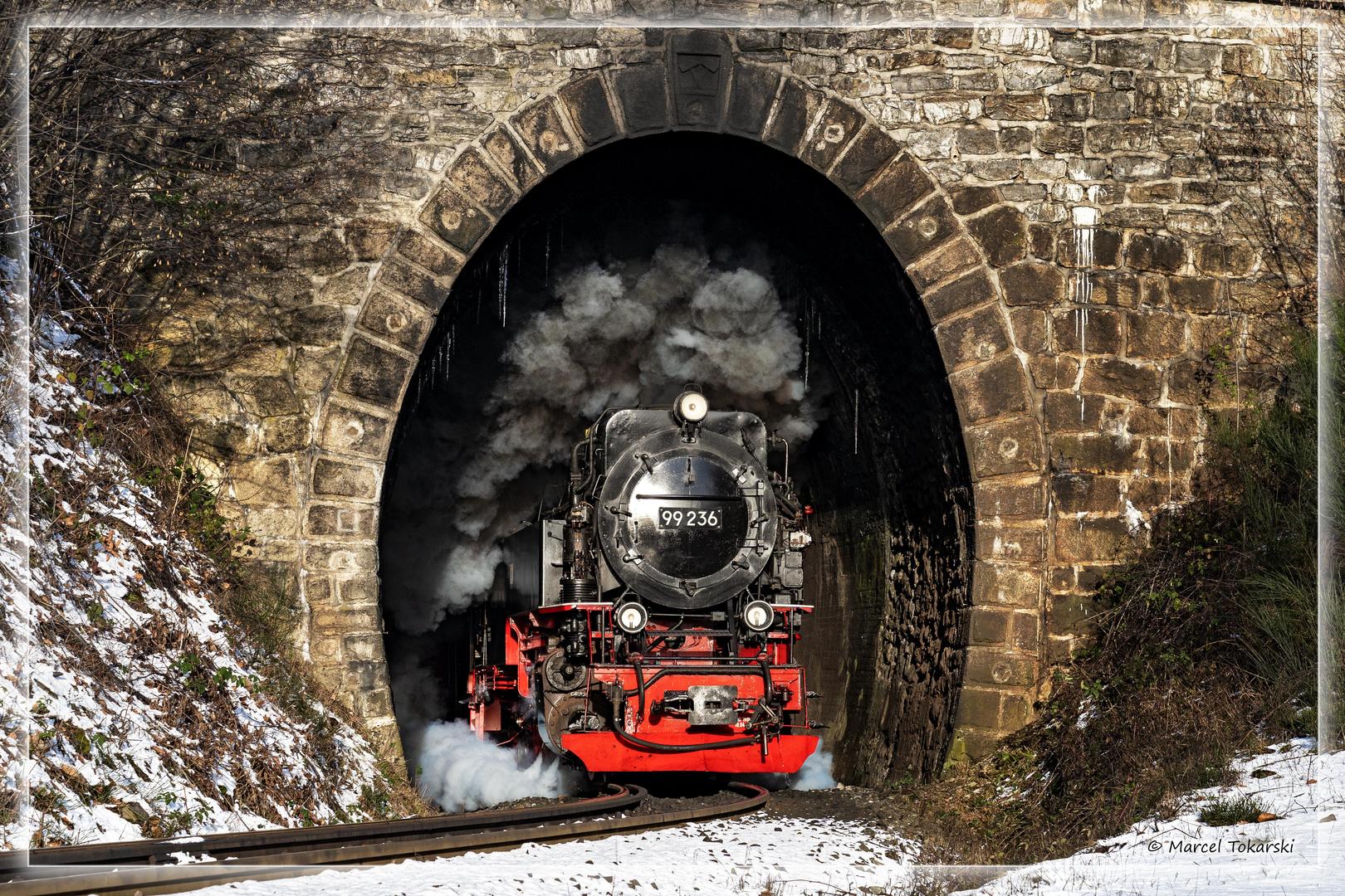 Tunnel, Eis und Dampf