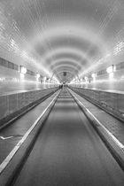 Tunnel halt ...