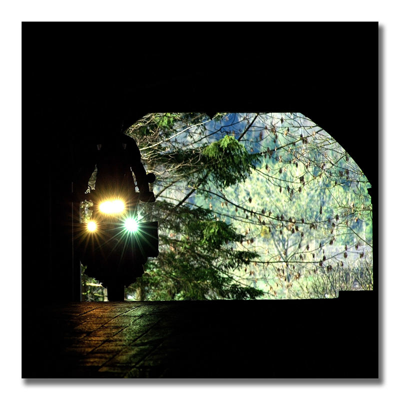 Tunnel-Silouette