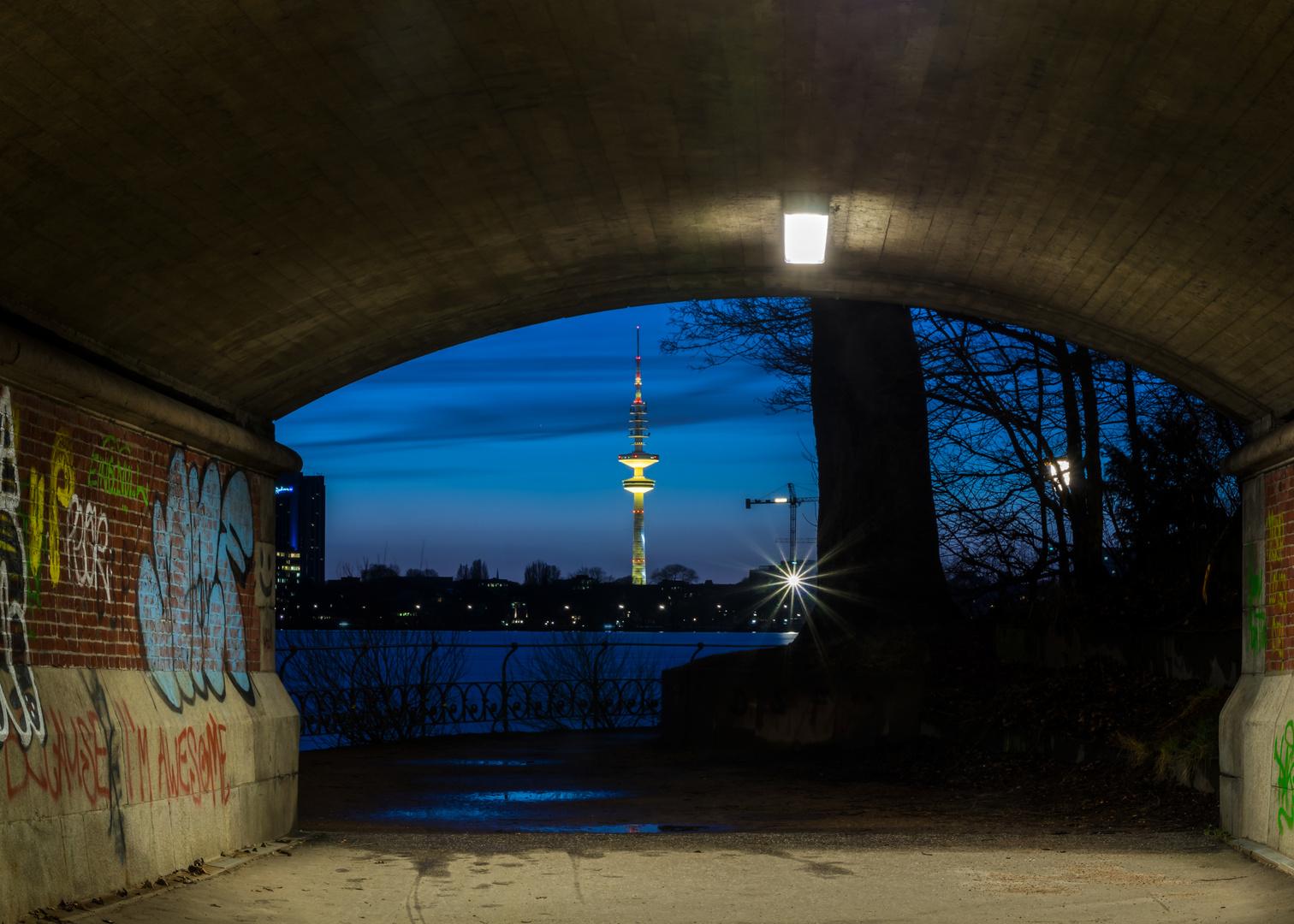 Tunnelblick zum Fernsehturm